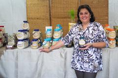 "Rosinha Ruzene, proprietria do ""Arroz Ruzene"" (gastronomiaempauta) Tags: food festival rice arroz culinria valedoparaba trememb"