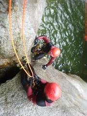 P1120377 (Mountain Sports Alpinschule) Tags: blue mountain sports lagoon canyoning zillertal zemmschlucht alpinschule