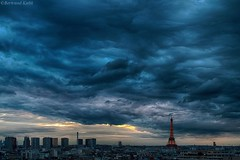 Ciel de Paris, blue hour (bertrand kulik) Tags: city sunset sky cloud paris nature architecture night eiffeltower ciel nuage coucherdesoleil amazingsky bertrandkulik