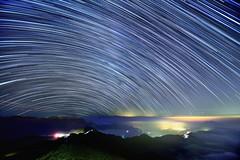 合歡山主峰~雲海●琉璃●星軌~ Startrails (Shang-fu Dai) Tags: 台灣 taiwan nantou 南投 合歡山 hehuan 主峰 星軌 彩色星軌 startrails nikon d800 formosa nightscene starry 車軌 雲海 琉璃光 cloudssea