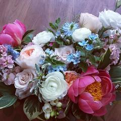 bridal bouquet 06 (Flower 597) Tags: centerpiece corsage weddingflowers weddingceremony boutonniere bridalbouquet weddingbouquet weddingflower floralcrown weddingflorist ceremonyarch flower597 torontoweddingflorist