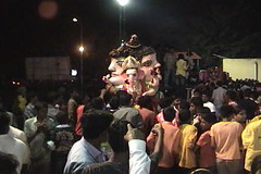 Ganesh Visarjan 2010 (Bangalore) 136 (umakant Mishra) Tags: bangalore hindureligion ganapati visarjana bangaloreevents umakantmishra soubhagyalaxmimishra ganeshvisarjana ursoorlake