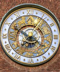 The Town Hall Clock (dietmar-schwanitz) Tags: clock oslo norway watch skandinavien norwegen townhall scandinavia rathaus lightroom uhr townhallclock rathausuhr astronomischeuhr dietmarschwanitz nikond750 nikonafsnikkor24120mmf40ged