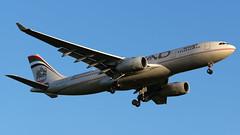 A6-EYO (equief) Tags: airport frankfurt airbus flughafen abu dhabi a330 fra auh eddf ethiad ey1 a330243 omaa frankfurtrheinmaininternationalfraeddf
