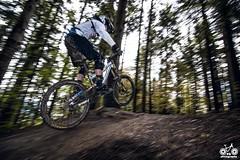 (Fabio Ghelfi) Tags: park mountain nature water bike fog canon woods friend mud slippery cimone sestola bikecentercimone stayonyourbike