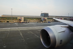 Pushback (A. Wee) Tags: airport cabin lot poland warsaw chopin boeing airlines 787  dreamliner  lotpolish