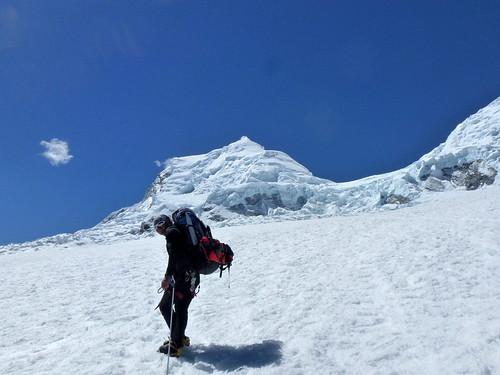 Raoul con Huascarán Norte al fondo