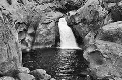 Roaring River Falls BW (rschnaible) Tags: park bw usa white mountain black mountains west landscape us view hiking nevada canyon hike sierra kings national western montone photgraphy