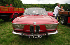 BMW 2000 CS - 91-96-EJ (Ivo Vastre) Tags: photography 2000 pentax bmw cs lido k20 ivo kaatsheuvel waalwijk oldtimerdag 2013 k20d vastr 9196ej