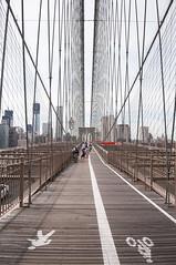 Brooklyn (emilio59) Tags: street bridge sky urban usa streetart ny newyork art apple brooklyn big nikon soho visit exploration bigapple reflets ville dcouverte reflects