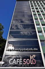 Essen Café Solo (GelsenBuer) Tags: sky glass clouds reflections germany deutschland essen nikon himmel wolken solo nrw glas fassade cafè reflektionen linien spiegelungen d90 kennedyplatz nikond90 cafèsolo photoscape essenruhr