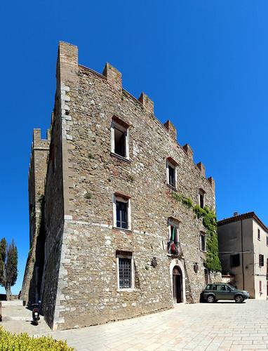 Manciano (Grosseto) - La rocca aldobrandesca (pano)