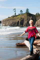Well Balanced (george.bremer) Tags: ocean vacation people beach washington surf anniversary hills driftwood balance lapush