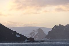 Antarctica - Day five0816 (GLRPhotography) Tags: sunset landscape antarctica 18200 kinggeorgeisland