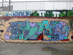 Artiste inconnu (Archi & Philou) Tags: streetart unknown paris13 paintedwall murpeint frigos inconnu