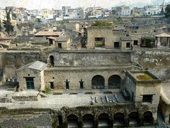 the shoreline and Herculaneum (jjamv) Tags: travel ita
