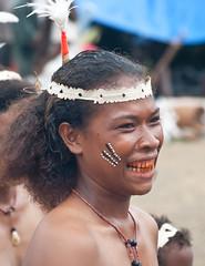 Ware smile 2 (Sven Rudolf Jan) Tags: smile dancing traditional papuanewguinea betelnut alotau wareisland canoeandkundufestival