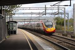 390104 (matty10120) Tags: station train transport rail railway class trent valley lichfield 390