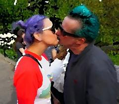 Love is in the Air (sinbadcc1) Tags: street nyc newyork love kiss couple centralpark streetphoto