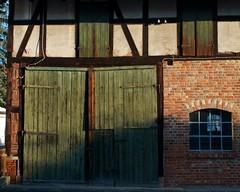 (allanimal) Tags: door architecture fachwerk architecturalfeature architecturalstyle stockcategories afszoomnikkor2470mmf28ged