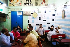 Woman? Now Thats an Interesting Idea! (Mayank Austen Soofi) Tags: idea interesting women tea delhi an feminism chai walla thats