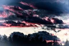 arrive of the evil - Lindwurm returns (camerito) Tags: sky clouds austria sterreich flickr himmel wolken krnten carinthia j4 afterglow abendrot lindwurm nikon1 townslandmark camerito klagenfurtaw