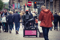 Little Duke (elizunseelie) Tags: street city summer portrait people urban horse man male face statue toy photography living day traffic theatre pentax cone glasgow candid centre crowd streetphotography performer k5