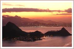 Fim da tarde . (o.dirce) Tags: sunset cidade luz brasil riodejaneiro mar cu nuvens tarde montanhas niteri odirce