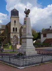 1914 1918 lucenay war statue cockerel (Nicola_R) Tags: statue war 1914 1918 cockerel lucenay