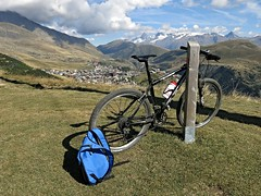 Alps on bike (poprostuflaga) Tags: france frankreich francja alpes alpen alpi alpe alps dhuez