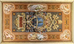 Ceiling Painting (saddy_85) Tags: old italy sun vatican rome history design nikon paint pretty pattern shine sunny carve romans ceiloing d5100