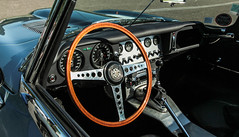 Dashboard of a legend (NaPCo74) Tags: 6 classic car wheel de steering cab double historic e type jag british jaguar dashboard straight coventry tableau six bord roadster cabriolet etype kx volant