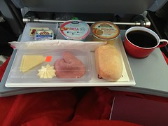 Breakfast | Air Berlin (JaBB) Tags: food coffee cheese breakfast kaffee ham yoghurt orangejuice kse bun joghurt frhstck airberlin brtchen schinken orangensaft