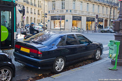 Spotting 2011 - Renault Safrane Biturbo (Deux-Chevrons.com) Tags: auto street paris france classic car vintage automobile automotive spot voiture renault coche oldtimer spotted rue spotting ancienne biturbo classique youngtimer croise safrane renaultsafrane renaultsafranebiturbo