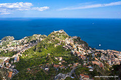 The coast and Taormina from Castelmola (doveoggi) Tags: italy europe sicily taormina ioniansea 7278
