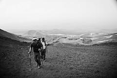 scalando il vulcano (leti zacca) Tags: travel trekking nebbia etna viaggio sicilia vulcano scalata