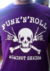 Concierto 30 aniv. POTENCIAL HARDCORE - Política (Fotos de Camisetas de SANTI OCHOA) Tags: feminismo calavera