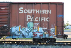 ICH cracks skulls. (QualMPLS) Tags: railroad skull graffiti sp boxcar burner ich freight roaster ichabod southernpacific colossusofroads