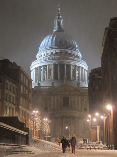 St. Paul's Cathedral below snow