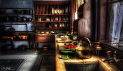 Lanhydrock Scullery (Paul R. Boon) Tags: house kitchen cornwall national trust vegtable nationaltrust preperation hdr attractions lanhydrock photomatix tonemapping scullery