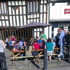 Photo of Sunshine, quality ale and food with @daniel_thwaites