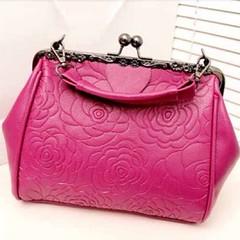 กระเป๋าออกงาน แฟชั่นเกาหลีใหม่สะพายถือได้2แบบ นำเข้า พร้อมส่งIS505 ราคา850บาท กระเป๋าออกงาน อินเทรนด์ดีไซน์แบรนด์เนมมีระดับหรูใหม่สไตล์กระเป๋าแฟชั่นสะพายไหล่ หรือเป็นแบบถือก็สวยทั้ง2แบบ มีสายหนังแบบสั้นและสายโซ่แบบยาว สีสวยดูดีมาก ที่เปิดปิดแบบหมุดเก๋ไม่ซ