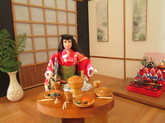 Japanese room diorama (Pumpkin Hill Studios/King William Miniatures) Tags: japan sushi gijoe miniatures dolls barbie kimono teaceremony hinamatsuri fashionroyalty 16scale ceremonialdolls 021814 misshappinessmissflower
