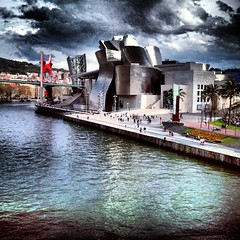 #guggenheim #bilbao (ines valor) Tags: square bilbao squareformat guggenheim bizkaia nwn iphoneography instagramapp uploaded:by=instagram