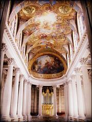 Versailles, France (Wagsy Wheeler) Tags: france room pillar palace ceiling versailles pillars palaceofversailles chteaudeversailles