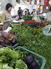 Warorot Market (32 of 71) (John Shedrick) Tags: food vegetables thailand asia chinatown farmers market unique traditional indoor meat smartphone chiangmai local nontourist samsunggalaxys7edge