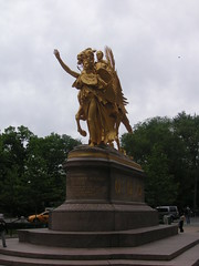 New York - Standbeeld Tecumseh Sherman (Bartwatching) Tags: newyork manhattan statues thebigapple standbeelden tecumsehsherman