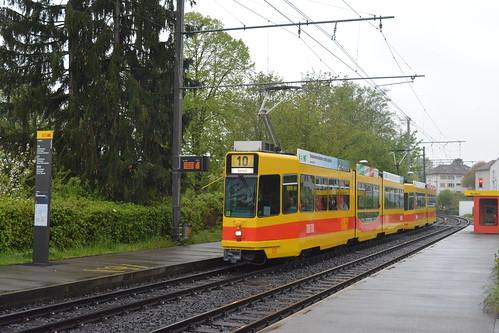 BLT Basel 220+247 Oberwil Kerngartenstraße