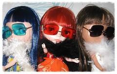 BaD:  19th May 2016 - Three Cool Cats (Calendar girl 48 / grannygreen) Tags: dusty sunglasses molly bonnie furs blythedolls 3coolcats badmay2016