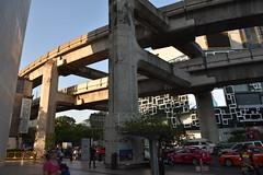 DSC_7604 (Kent MacElwee) Tags: thailand asia southeastasia seasia bangkok bkk freeway skytrain